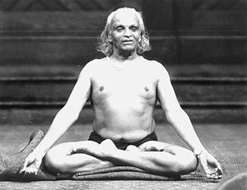 Шри Беллур Кришнамачар Сундарараджа Айенгар
