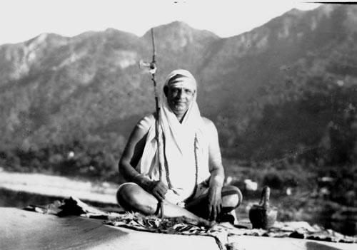 yogui-swami-sivananda-saraswati1